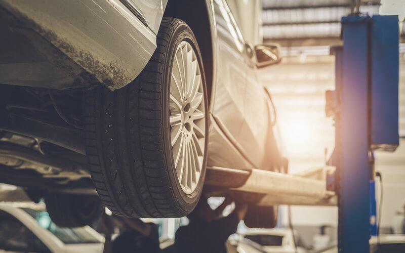 Mechanic repairing a car